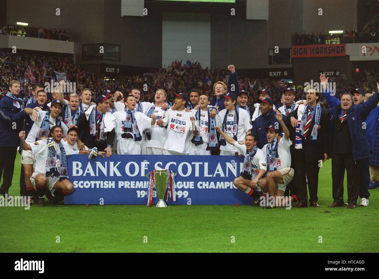 GLASGOW RANGERS LEAGUE CHAMPIONS 1998-99. 09 May 1999 - Stock Image
