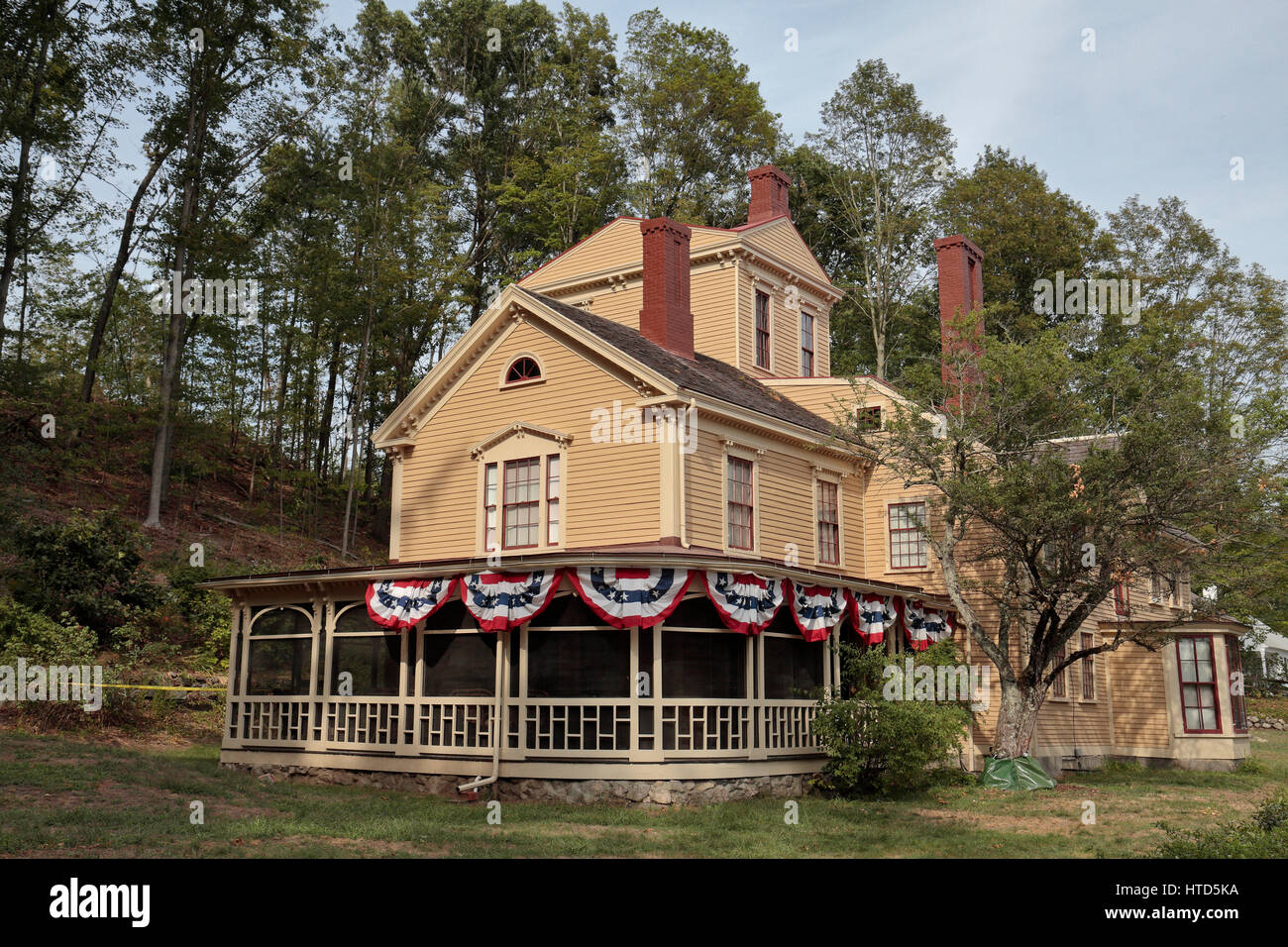Awe Inspiring The Wayside Is A Historic House In Concord Massachusetts Download Free Architecture Designs Griteanizatbritishbridgeorg