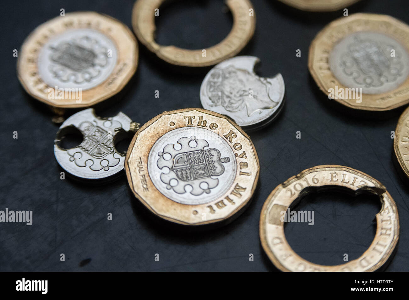 London, UK. 9th Mar, 2017. New £1 coins tested in the London Assay office ahead of their release 28th March, - Stock Image