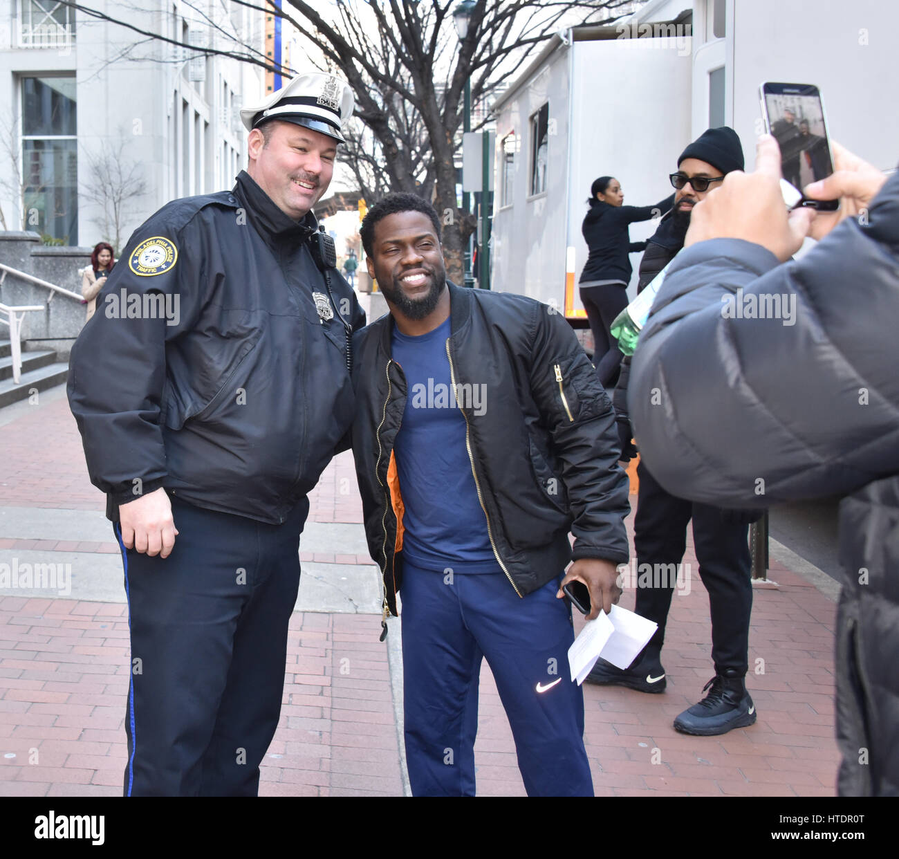 Kevin Hart on the set of new film 'Untouchable' in Philadelphia, Pennsylvania.  Featuring: Kevin Hart Where: - Stock Image