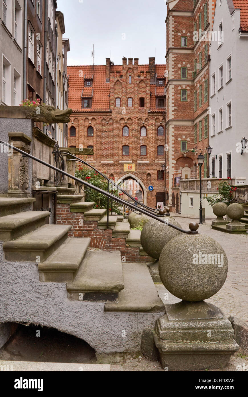 Terrace steps at ulica Mariacka (St Mary Street) in Gdansk, Pomerania, Poland - Stock Image