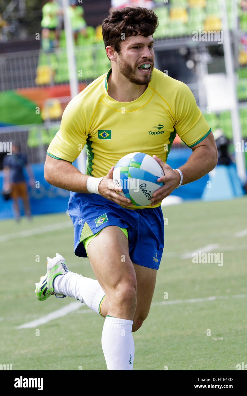 Rio de Janeiro, Brazil. 11 August 2016 Gustavo Albuquerque (BRA) competes in the Men's  Rugby Sevens in a match - Stock Image