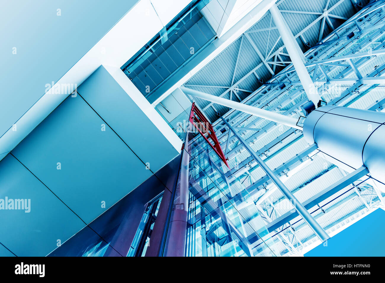 Elevator Cables Stock Photos & Elevator Cables Stock Images - Alamy