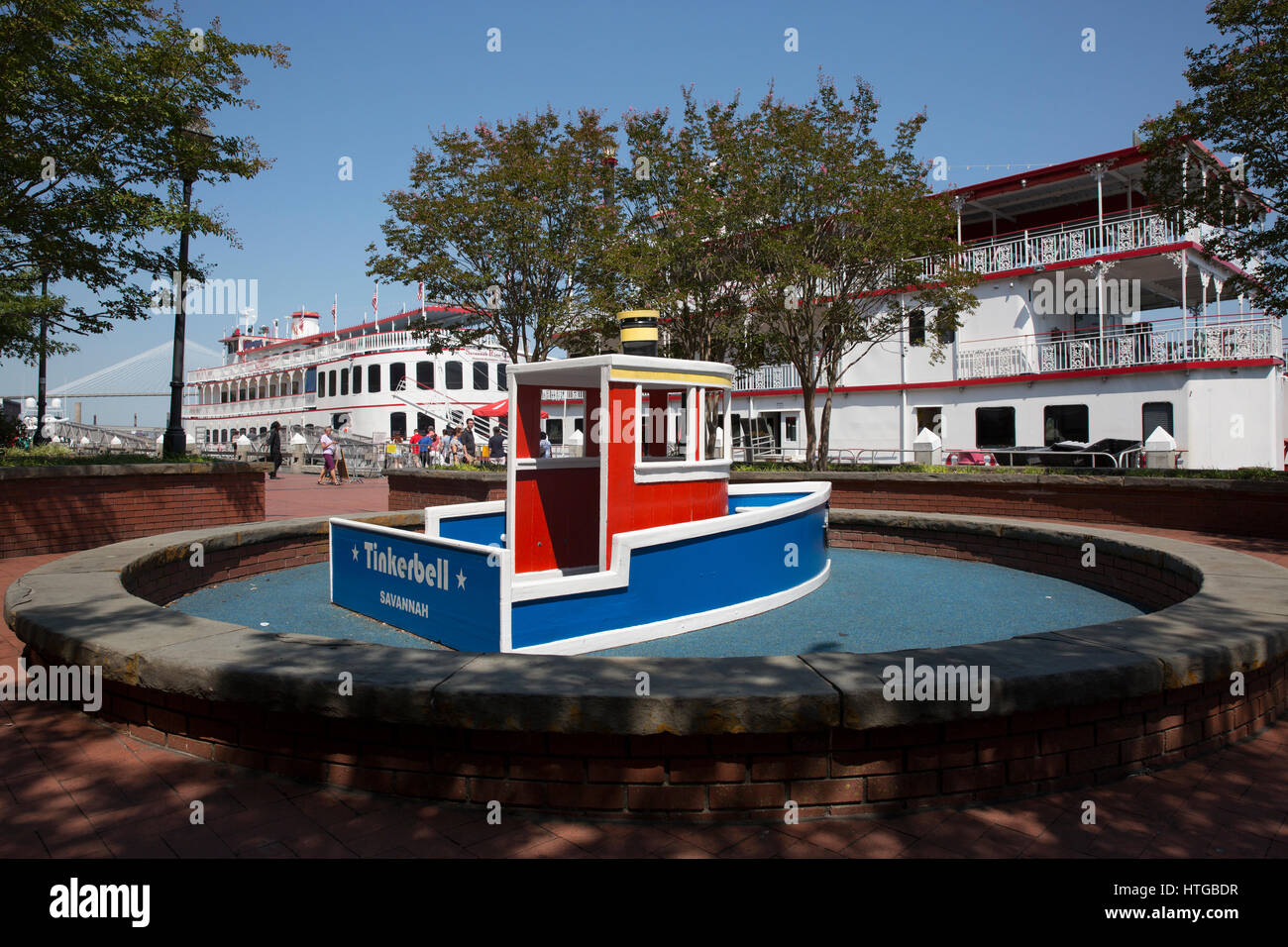 Toy Ship Stock Photos & Toy Ship Stock Images - Alamy