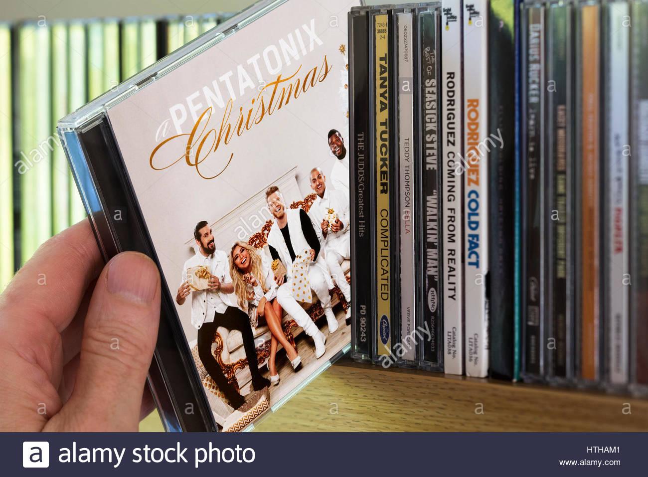 Pentatonix Christmas Cd 2019.A Pentatonix Christmas Stock Photos A Pentatonix Christmas
