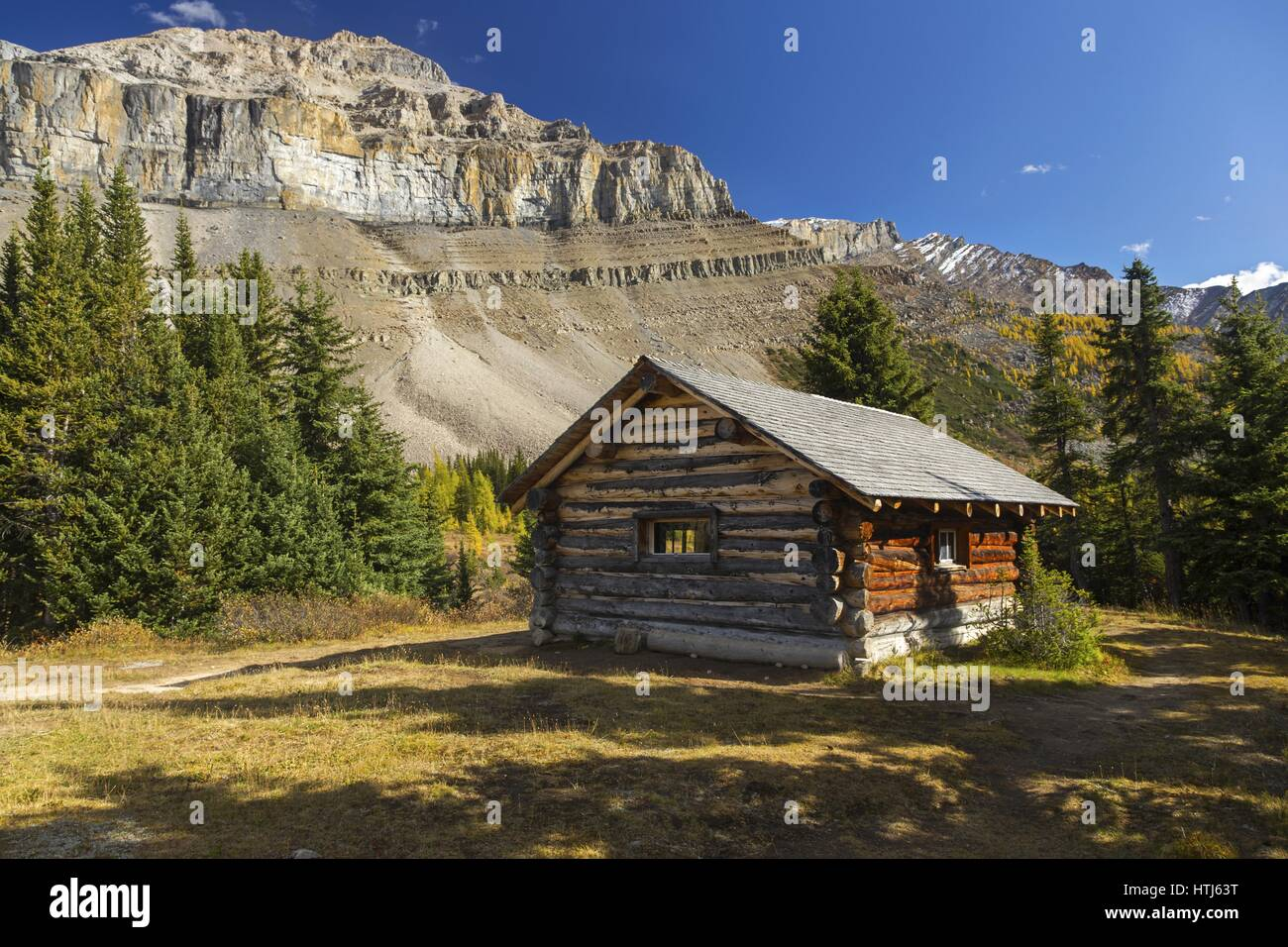 Rustic Log Cabin called Halfway Hut near Lake Louise in Canadian Rocky Mountains - Stock Image