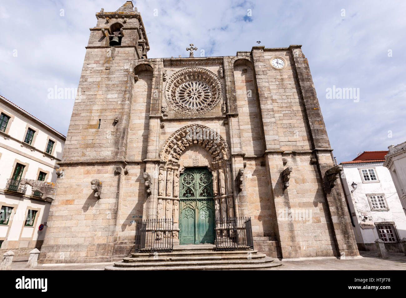 Iglesia de San Martín, located in la plaza del Tapal. Noia, Galicia, Spain - Stock Image