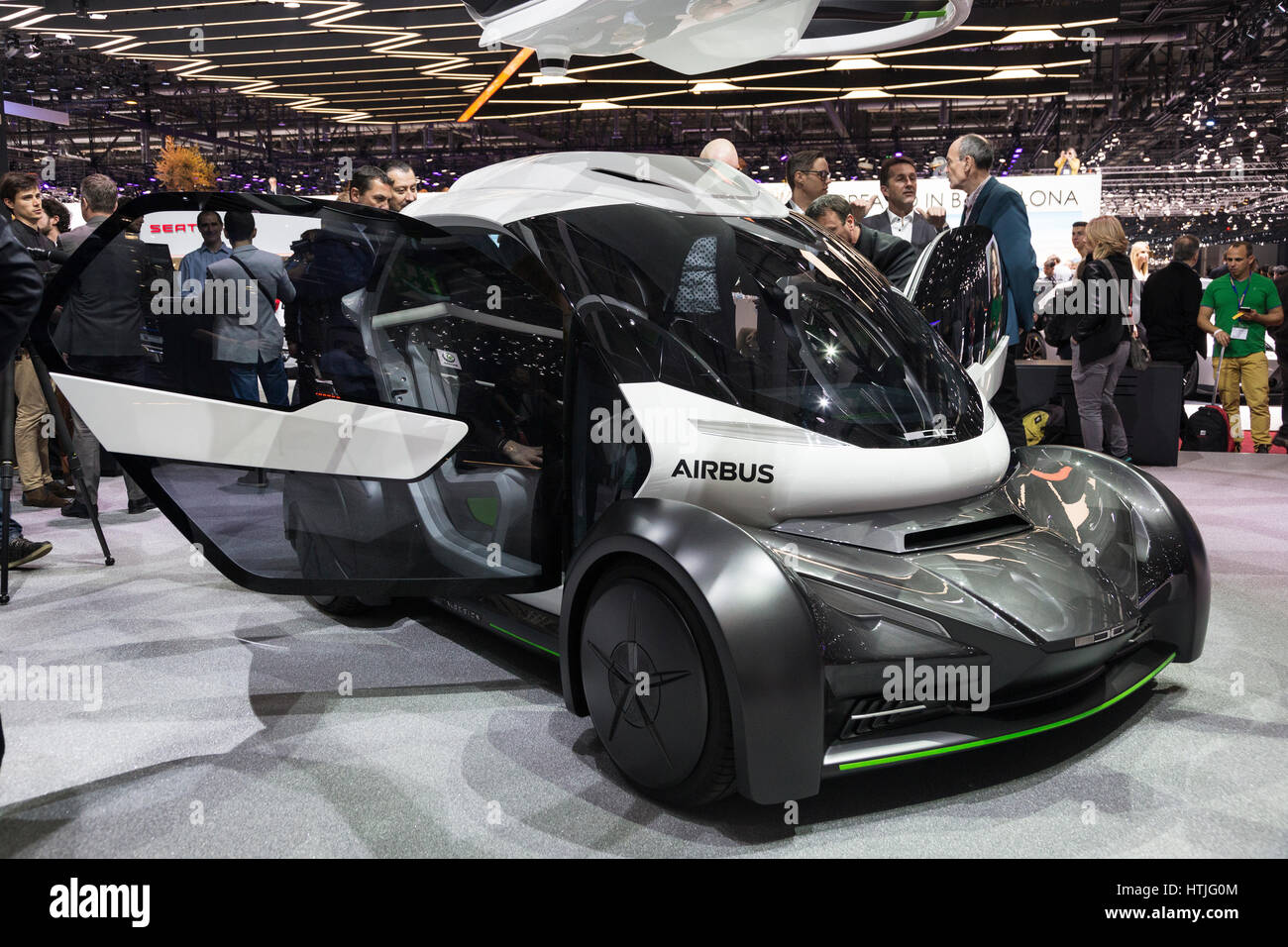 flying car concept stock photos flying car concept stock images alamy. Black Bedroom Furniture Sets. Home Design Ideas