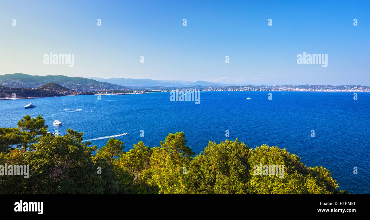 Cannes and La Napoule panoramic sea bay view, yachts and boats from Theoule sur Mer. French Riviera, Azure Coast - Stock Image
