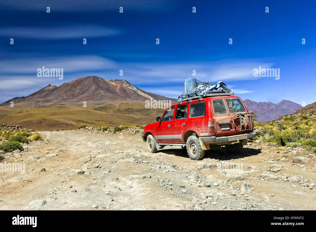 offroad car in bolivian desert - Stock Image