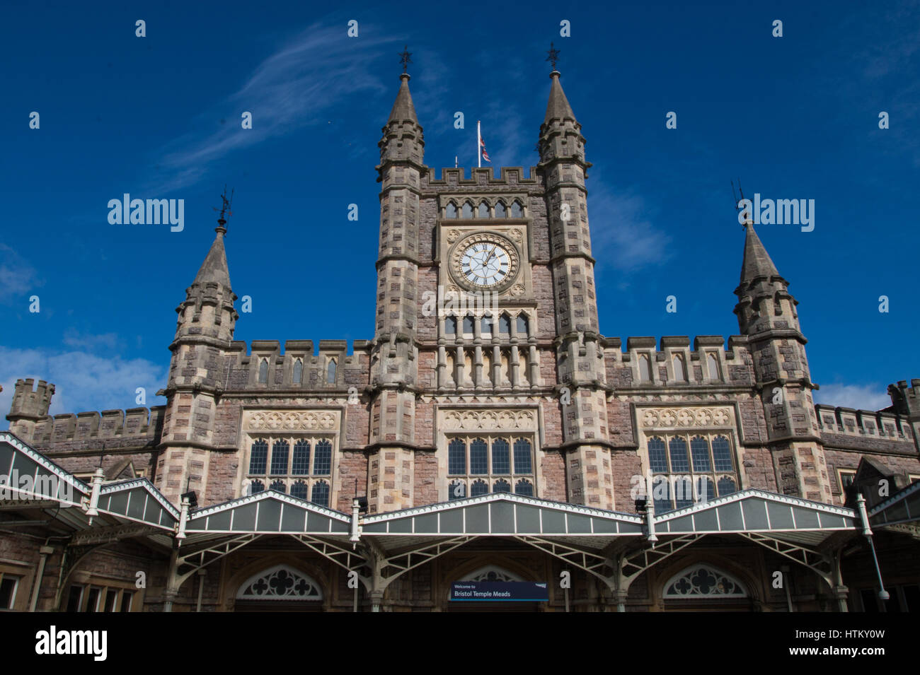 BRISTOL: Temple Meads Railway Station - Stock Image