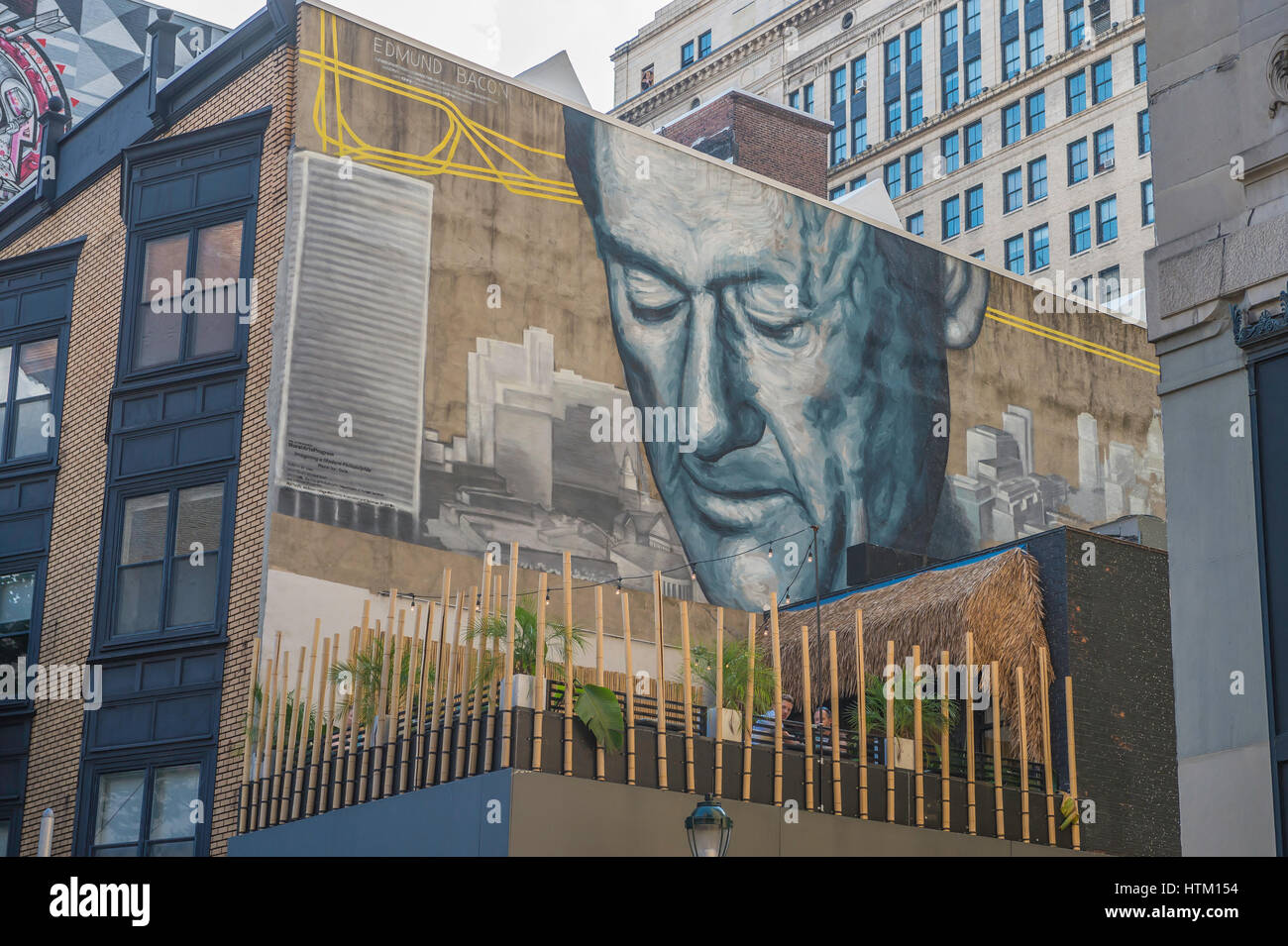 The Father of Modern Philadelphia, mural by Gala, of urban planner Edmund Bacon, 13th and Drury Streets, Center - Stock Image