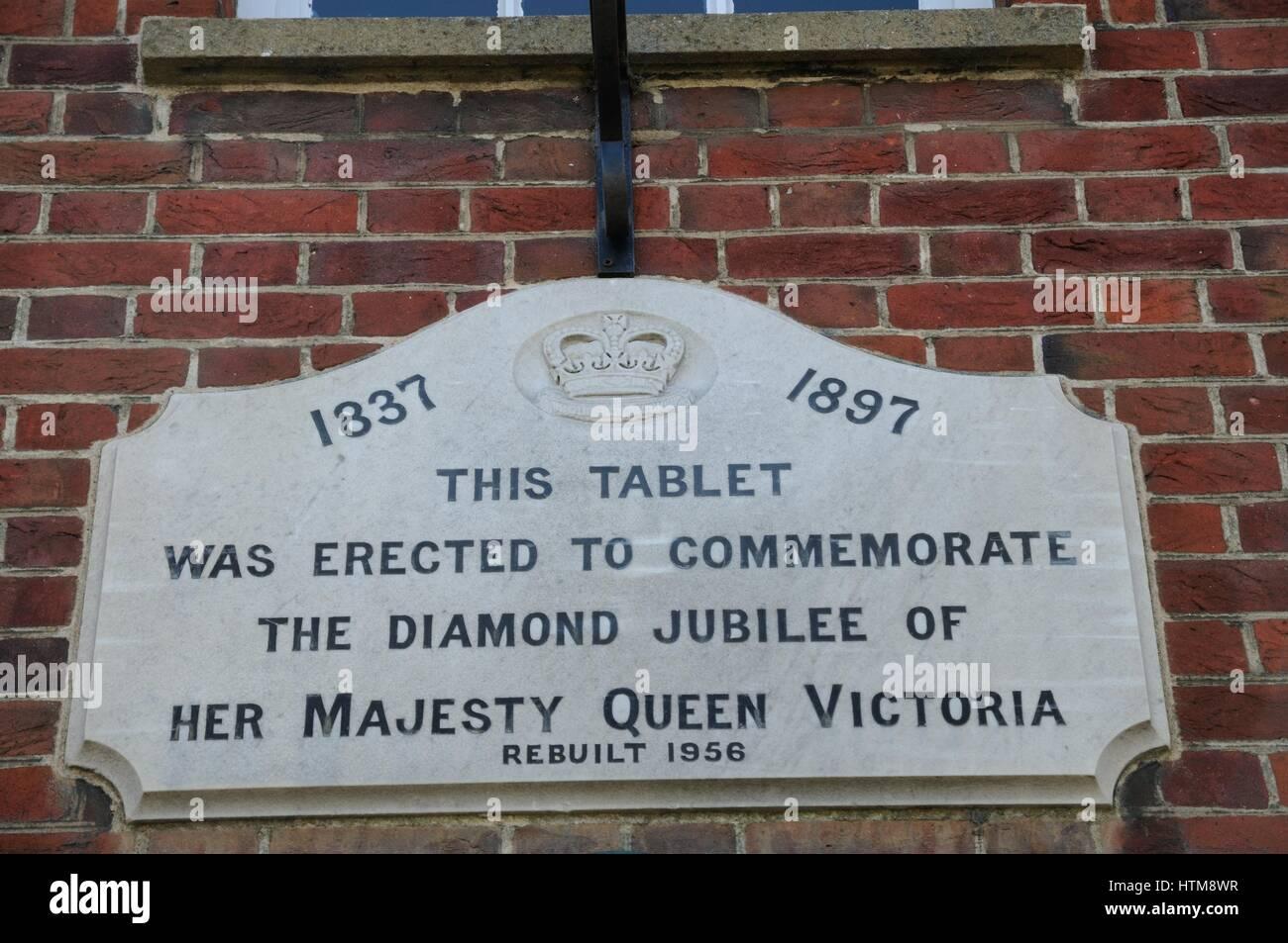 Plaque Queen Victorias Diamond Jubilee, Potton, Bedfordshire - Stock Image