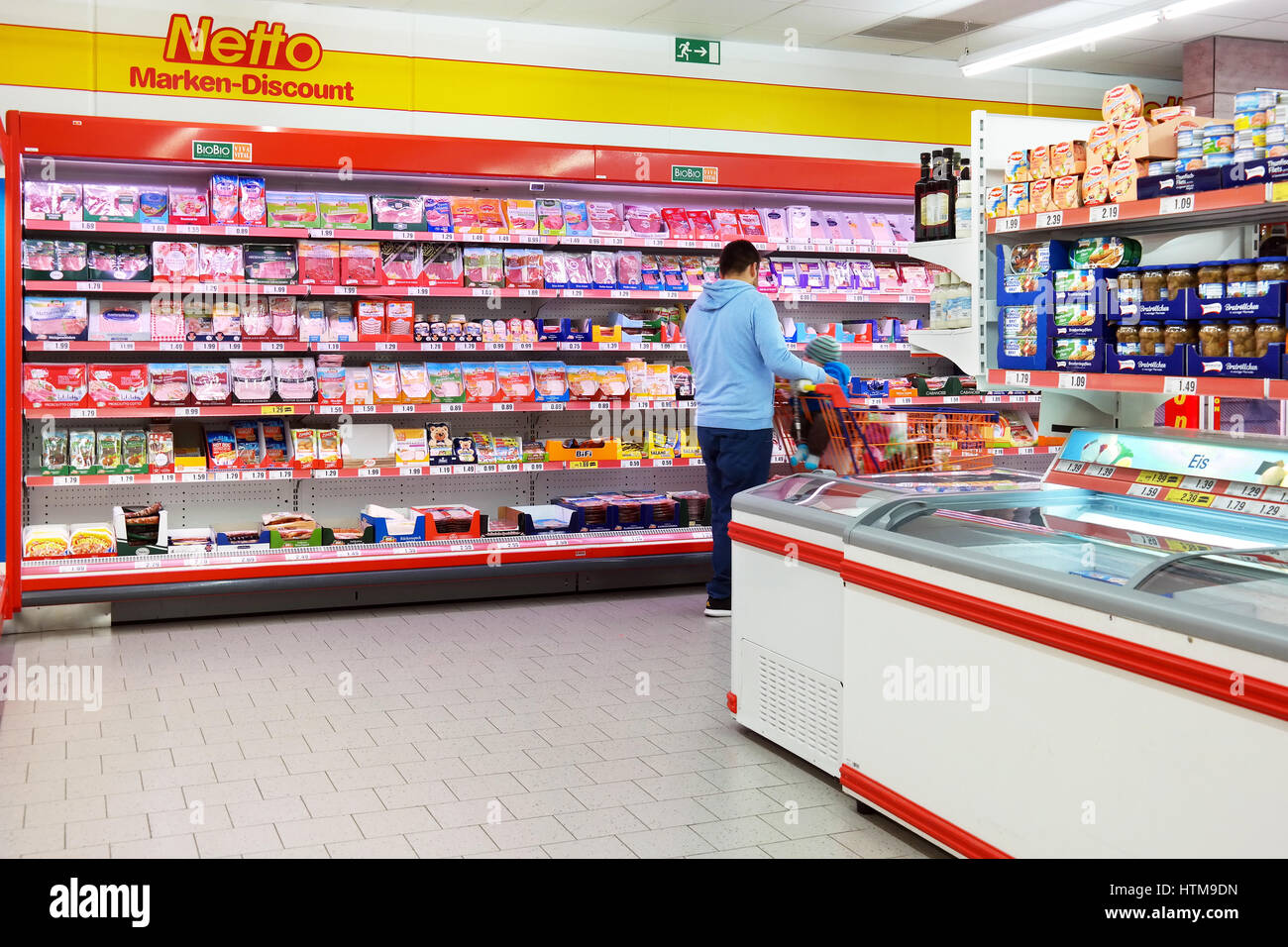 Interior of a Netto Marken Discount supermarket - Stock Image