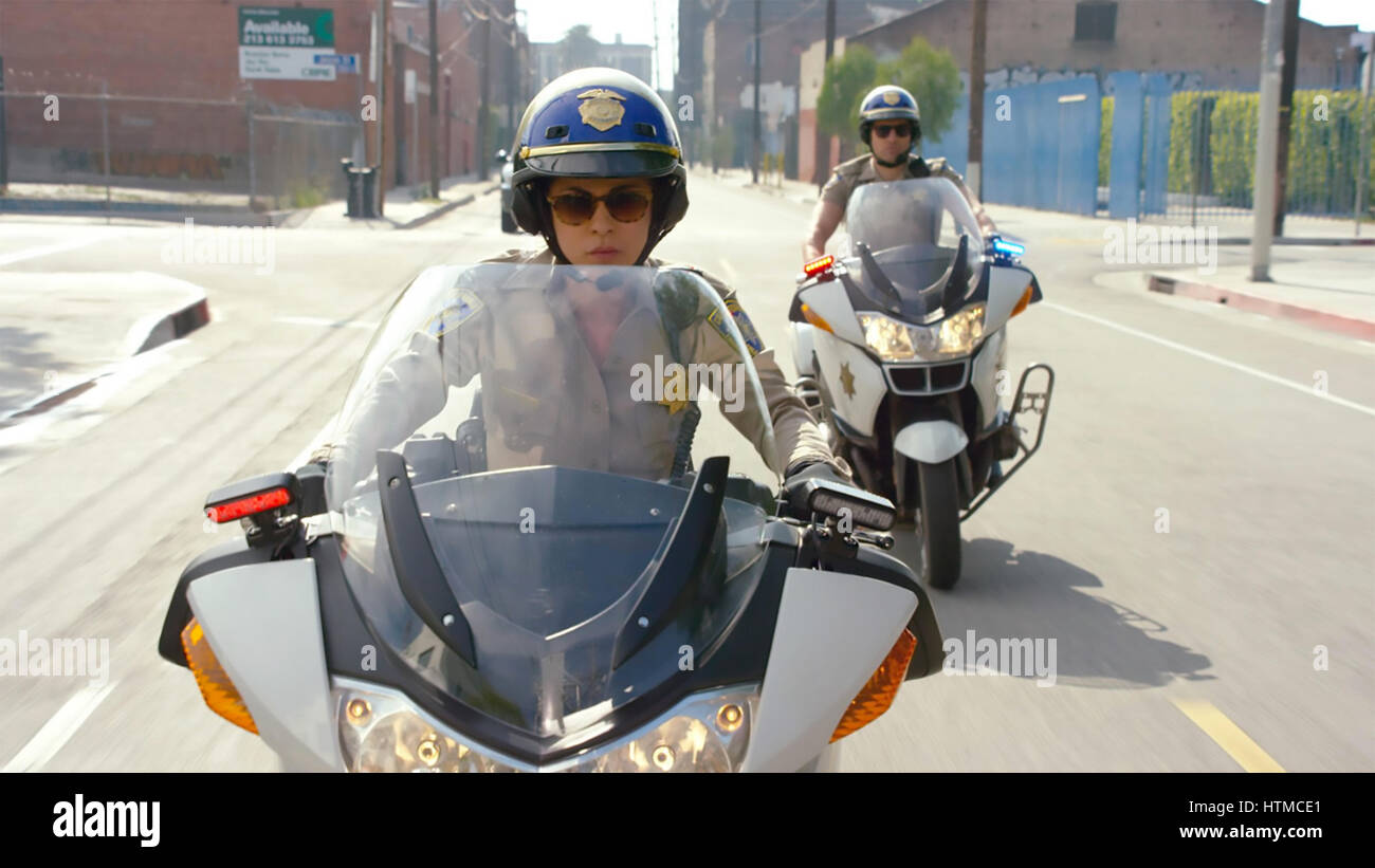 CHIPS   2016 Warner Bros film with Jessica McNamee and Dax Shepard - Stock Image