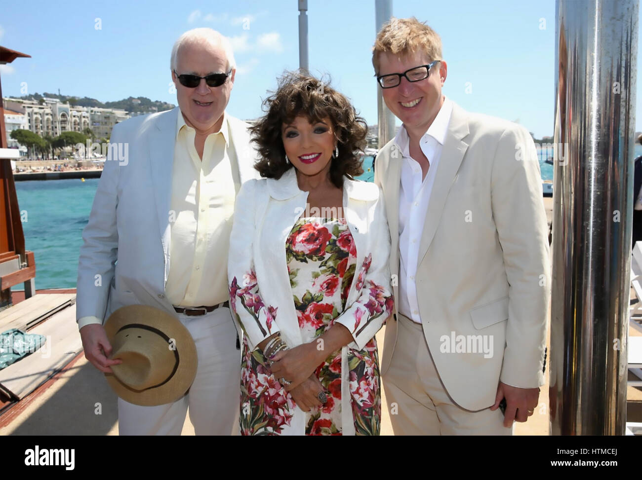 THE TIME OF THEIR LIVES 2017 Universal Pictures film with from left: Tim Rice, Joan Collins, Roger Goldby - Stock Image