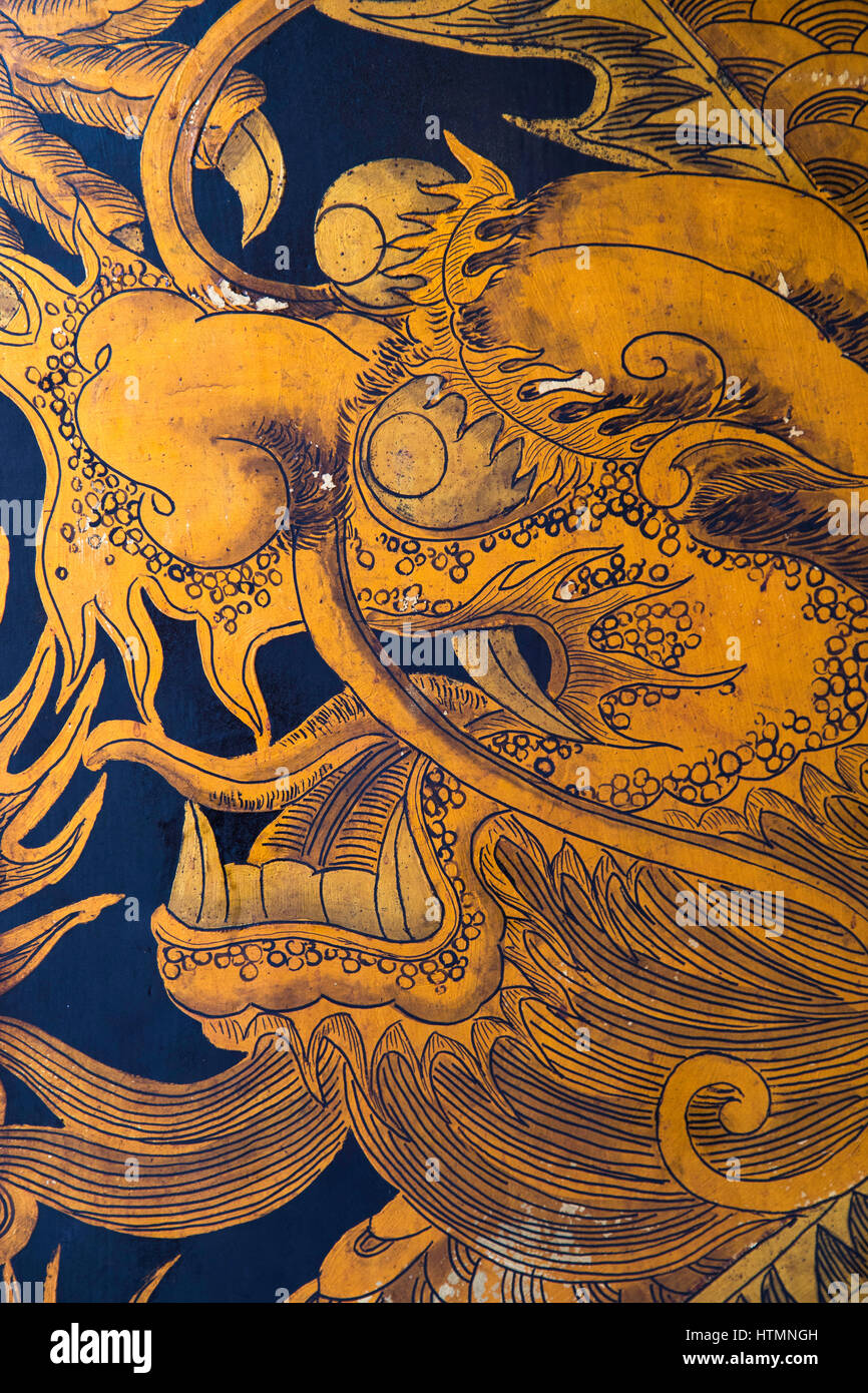 Dragon picture on door at Thian Hock Keng Temple, Chinatown, Singapore - Stock Image