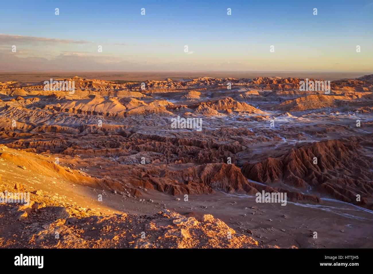 Valle de la Luna landscape at sunset in San Pedro de Atacama, Chile - Stock Image