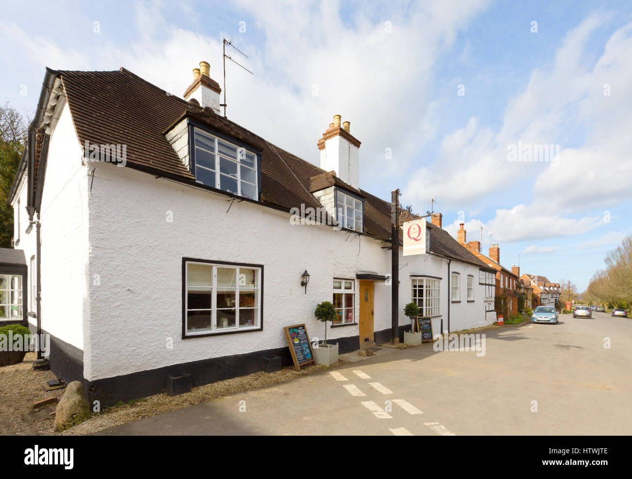 The Queen Elizabeth Inn, Elmley Castle village, Worcestershire England UK - Stock Image