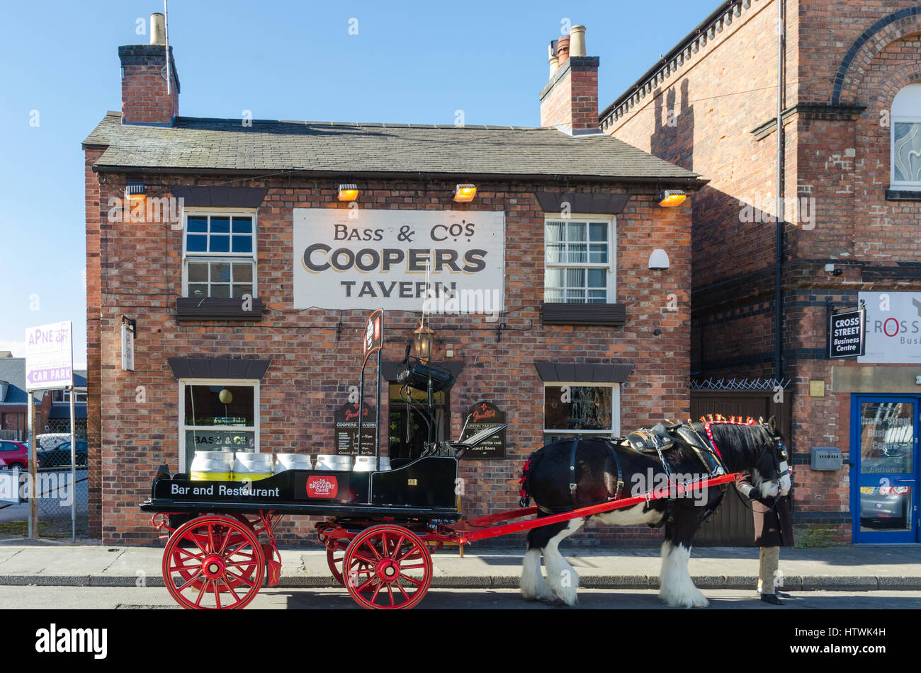 The Coopers Tavern in Burton-upon-Trent which has just been refurbished by Joules Brewery - Stock Image