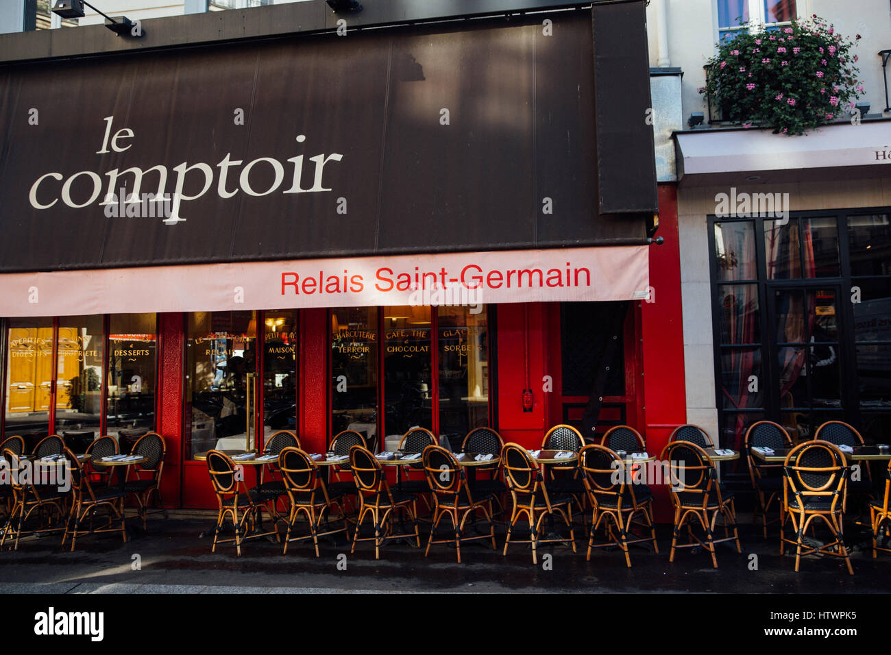 Le comptoir restaurant paris stock photo 135790905 alamy - Le comptoir paris restaurant ...
