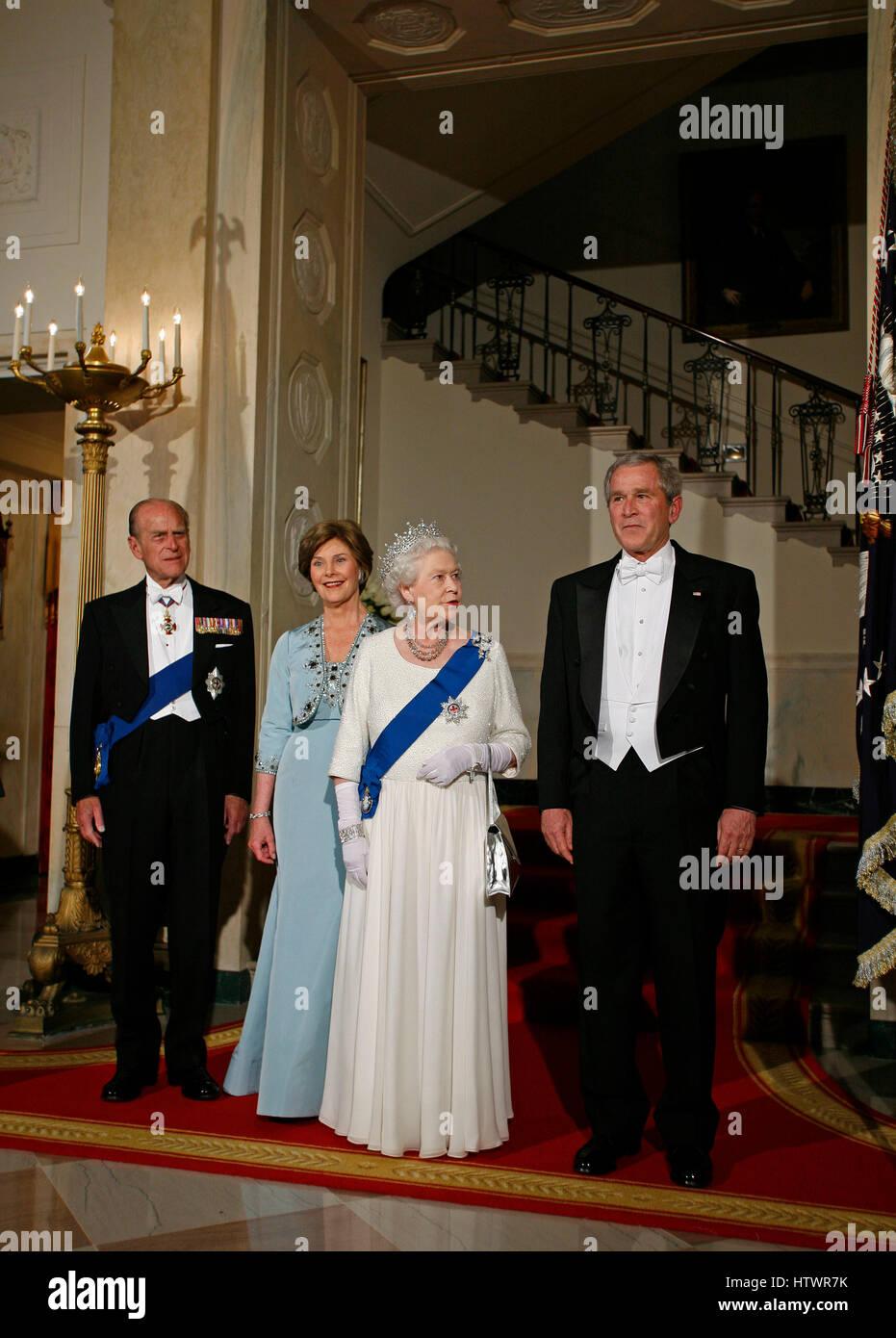 Queen Elizabeth Ii Of The United Kingdom And President George W Bush