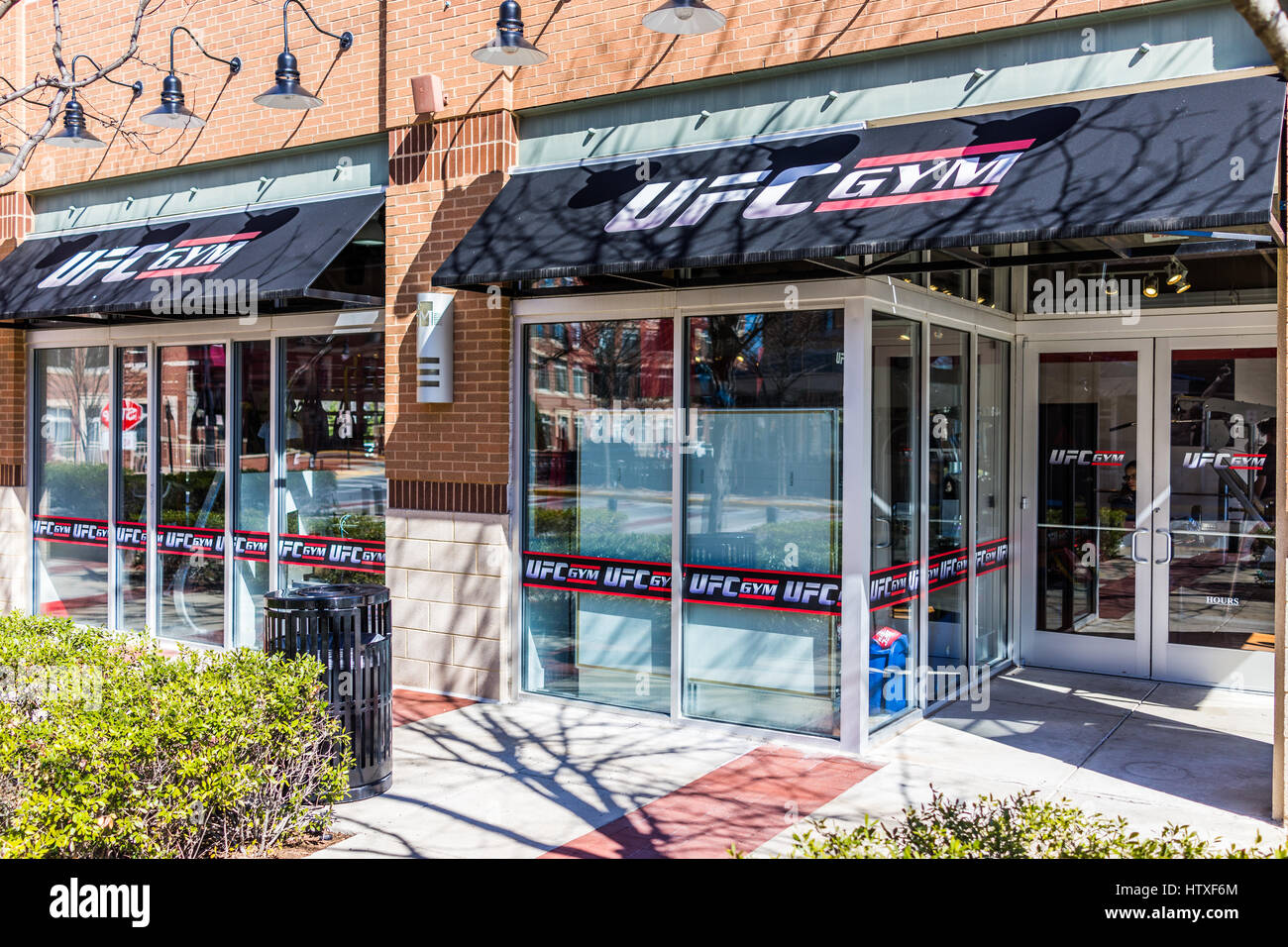 Fairfax, USA - March 4, 2017: UFC Gym entrance with signs - Stock Image