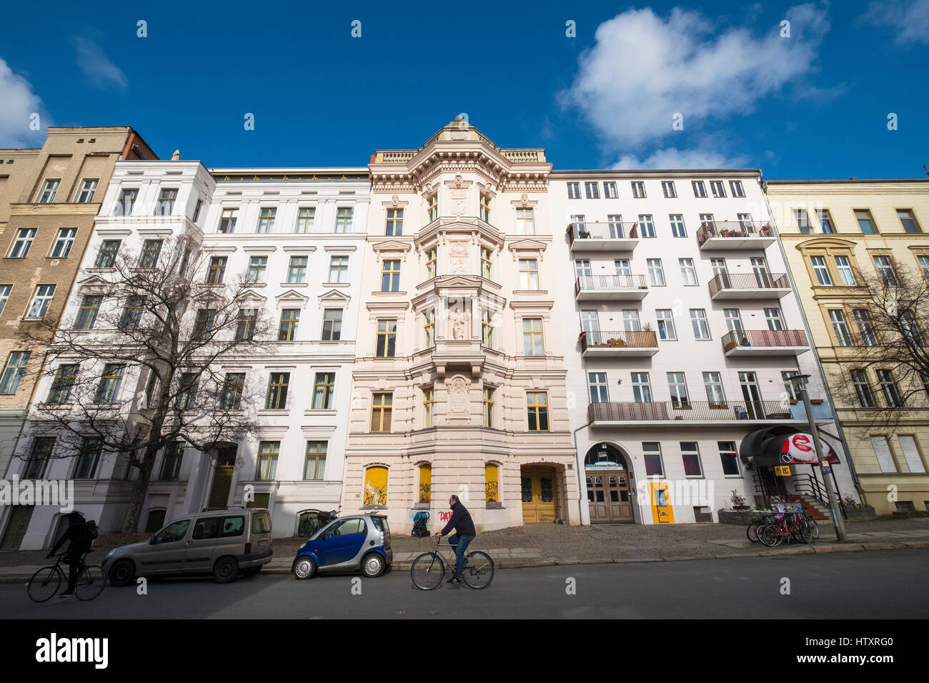 Historic renovated apartment buildings in gentrified district of  Prenzlauer Berg in Berlin, Germany - Stock Image