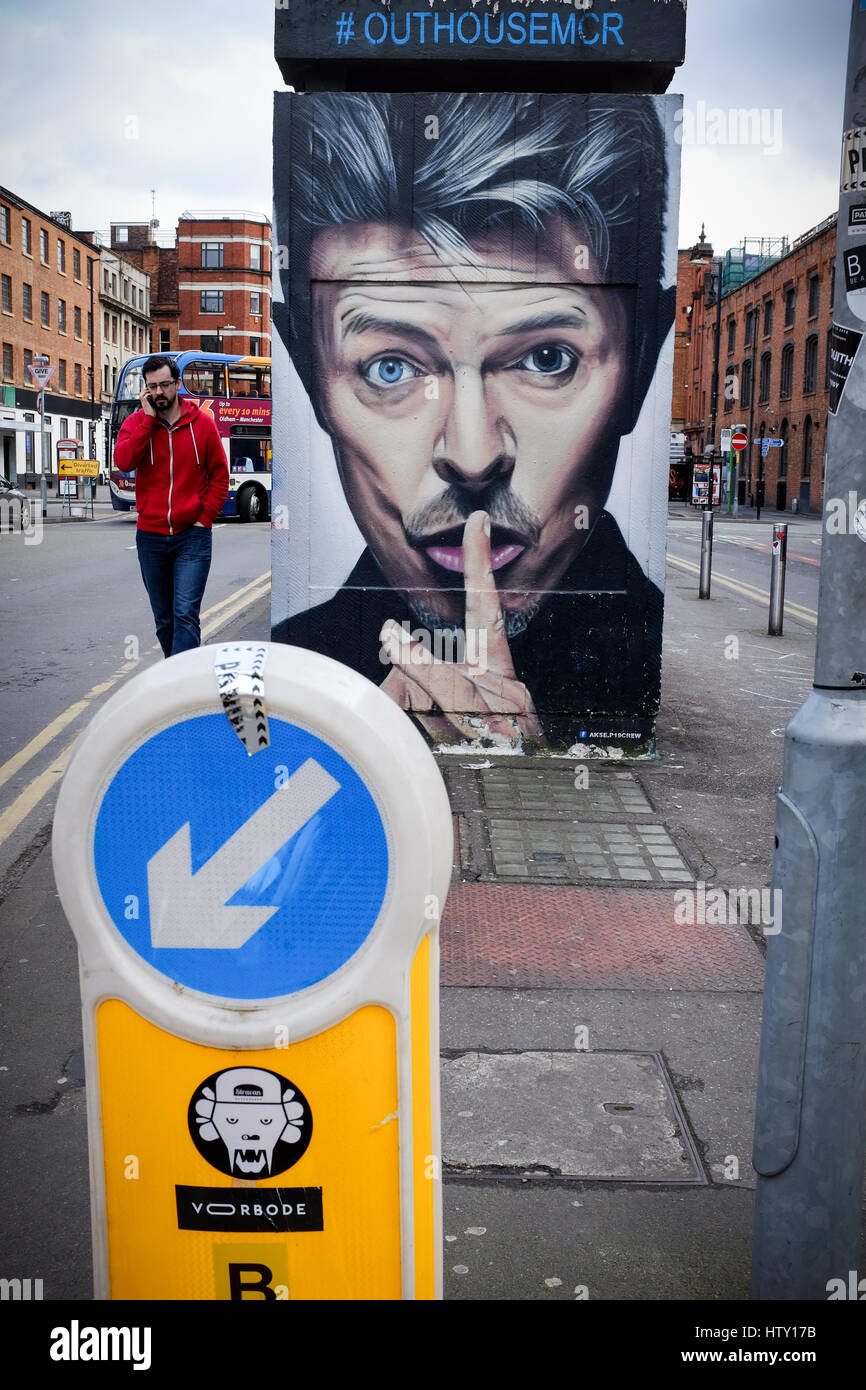 Rubbish and graffiti on Spear Street, in the city centre Manchester, UK - Stock Image