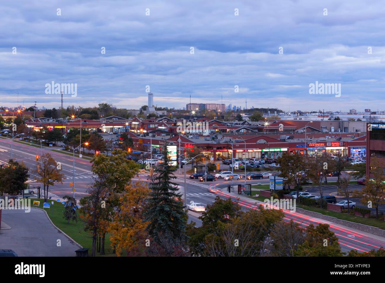 Urban sprawl in Mississauga, Ontario, Canada. - Stock Image