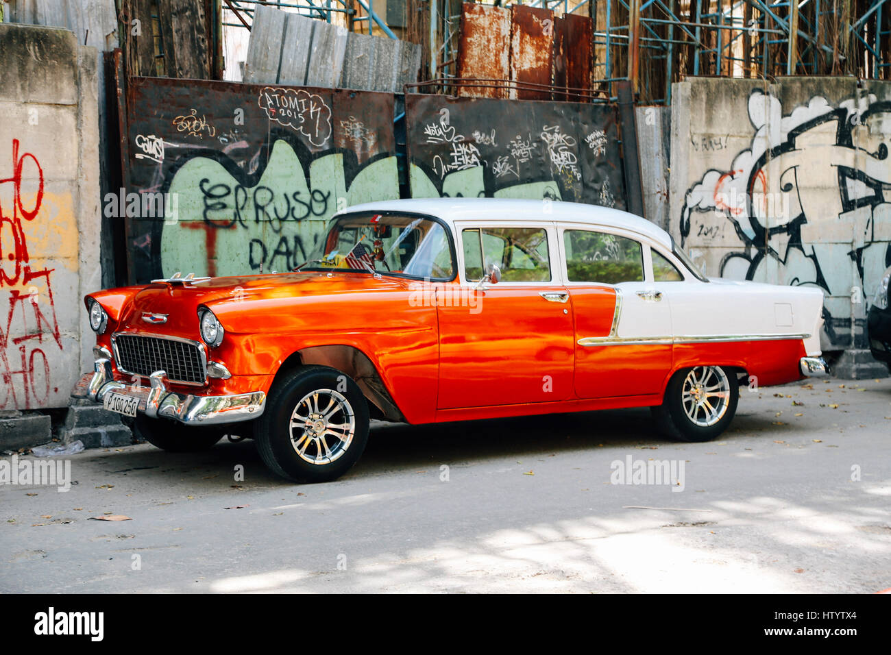 Two Tone Car Stock Photos & Two Tone Car Stock Images - Alamy