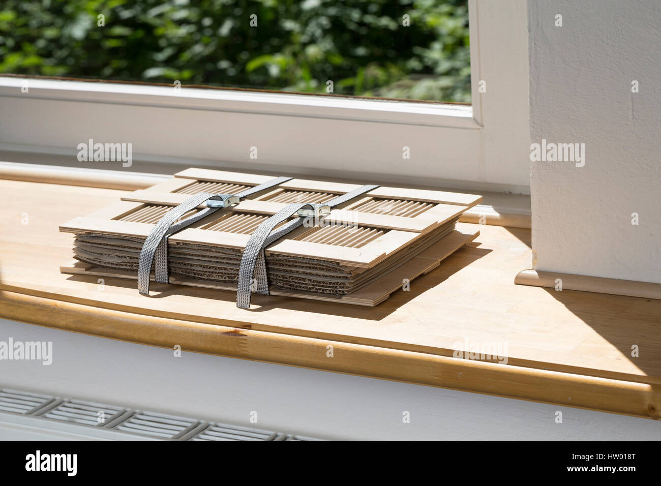 Fensterbank Stock Photos & Fensterbank Stock Images - Alamy