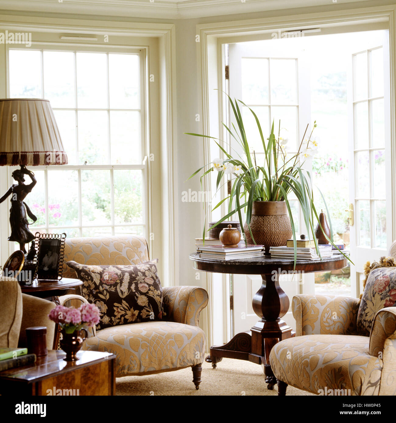 Country French Living Room Stock Photos & Country French Living Room ...