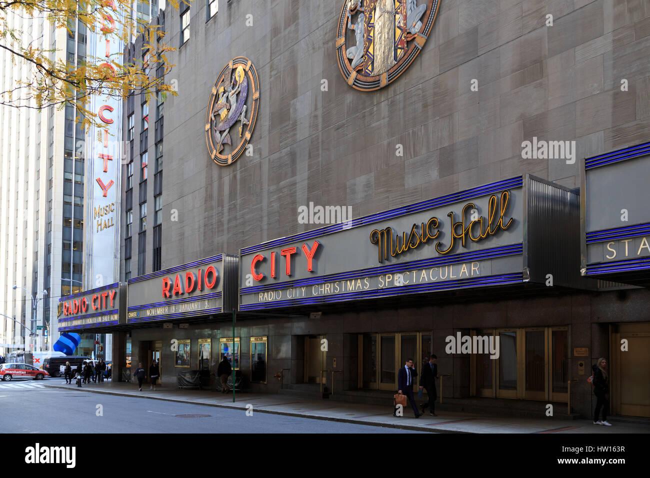 USA, New York, New York City, Manhattan, Rockefeller Center, Radio City Music Hall - Stock Image