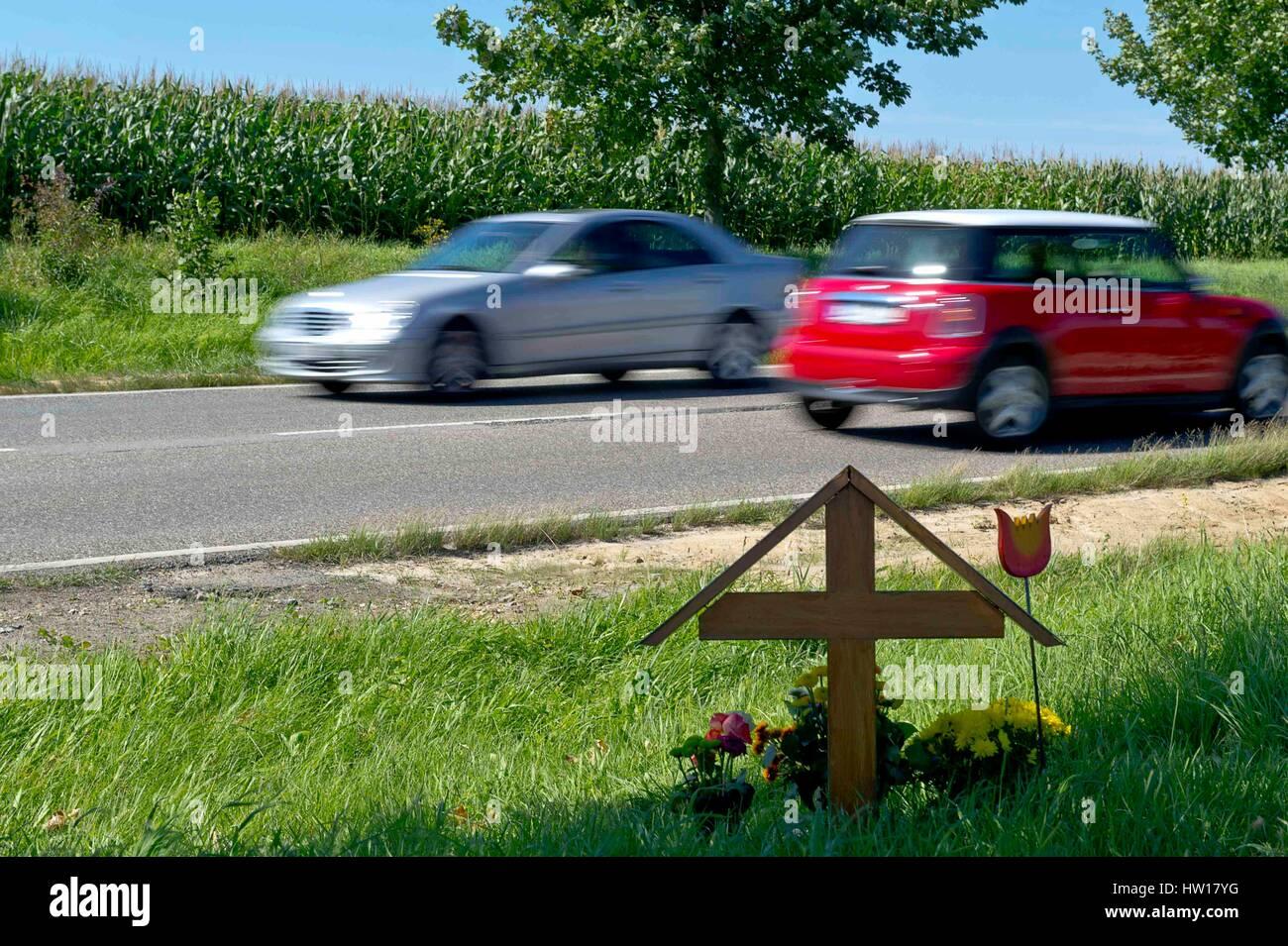 Death in the traffic, Tod im Straßenverkehr - Stock Image
