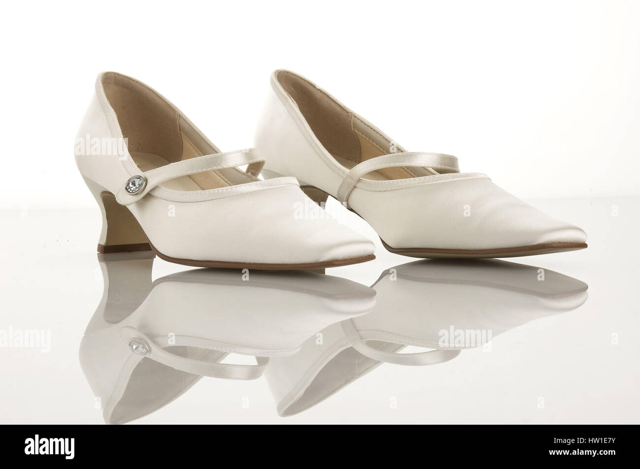 new styles 6a6a8 99fec Wedding shoes, Hochzeitsschuhe Stock Photo: 135872127 - Alamy