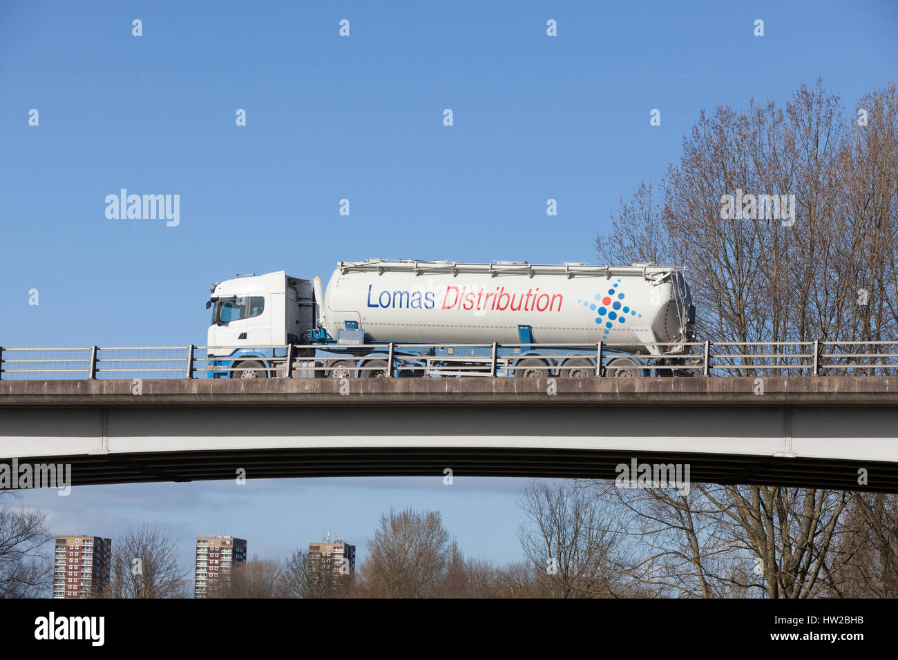 Lomas Distribution tanker on the road in the Midlands - Stock Image
