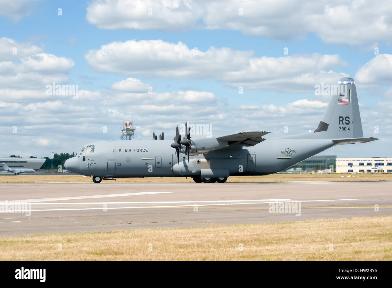 USAF C-130J cargo transporter taxiing before take-off at the Farnborough Airshow, UK - Stock Image