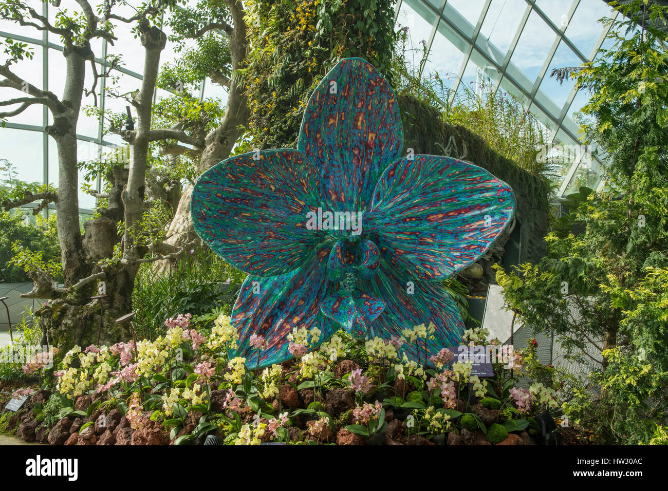 'The Rush of Nature' Sculpture in the Flower Dome, Gardens by the Bay, Singapore - Stock Image