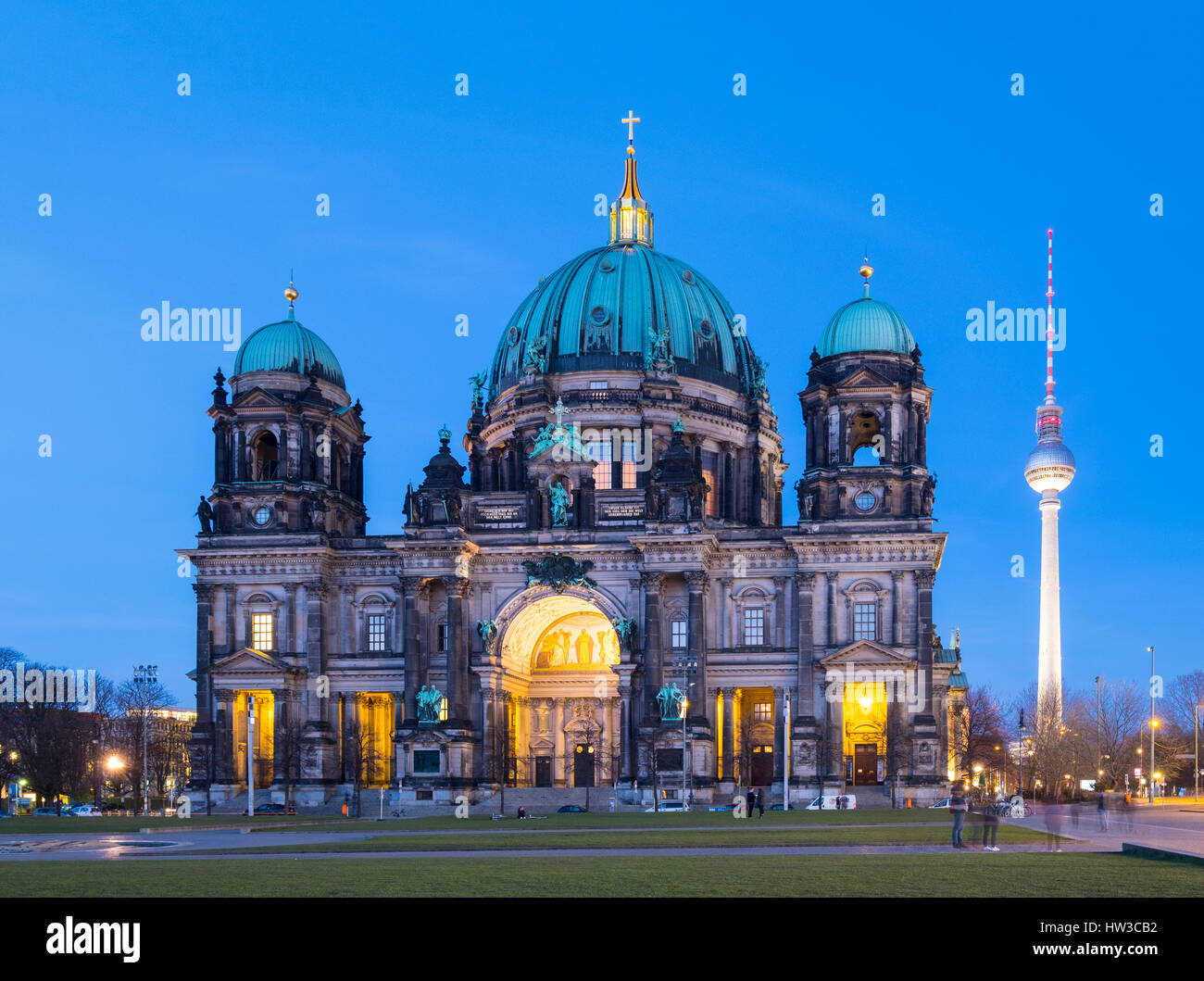 View of Berlin Cathedral ( Berliner Dom) at night in Mitte Berlin, Germany. - Stock Image