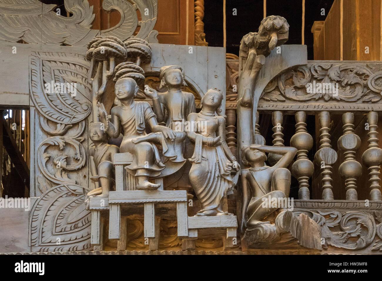 Teak Carving on Yoke Sone Kyaung Monastery, Sale, Myanmar Temptation with Guile - Stock Image