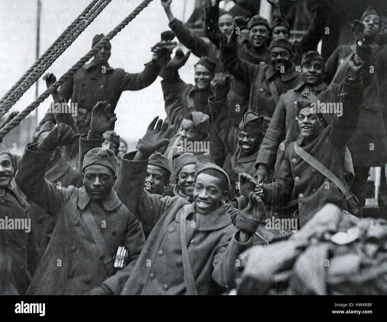 FIRST WORLD WAR : African-American soldiers celebrate their homecoming to new York in 1919 - Stock Image