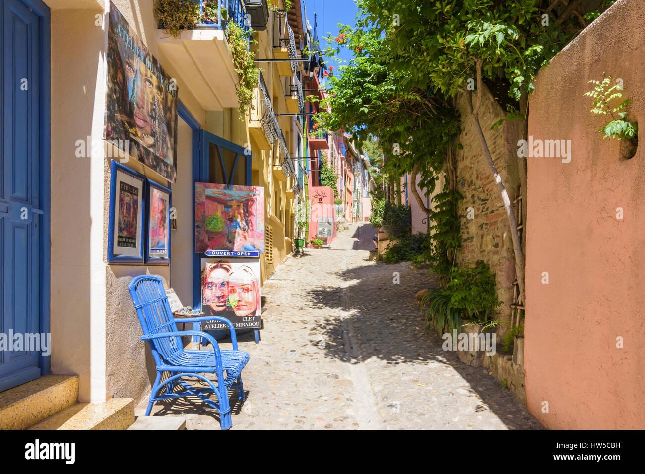 Artist studio in the old quartier Mouré in Collioure town, Côte Vermeille, France - Stock Image