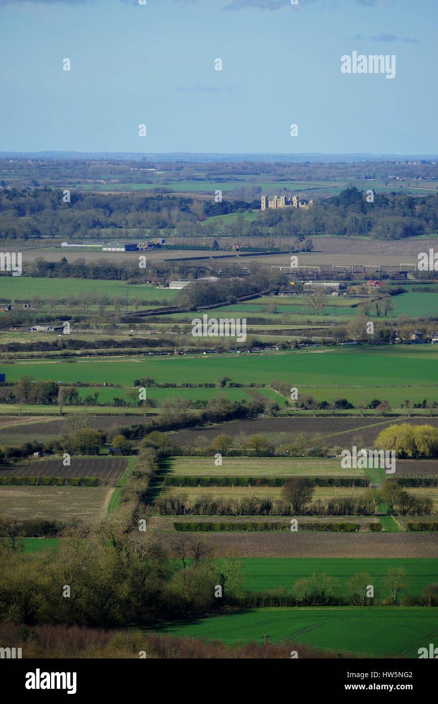 A view from Ivinghoe Beacon to Mentmore Towers - Stock Image