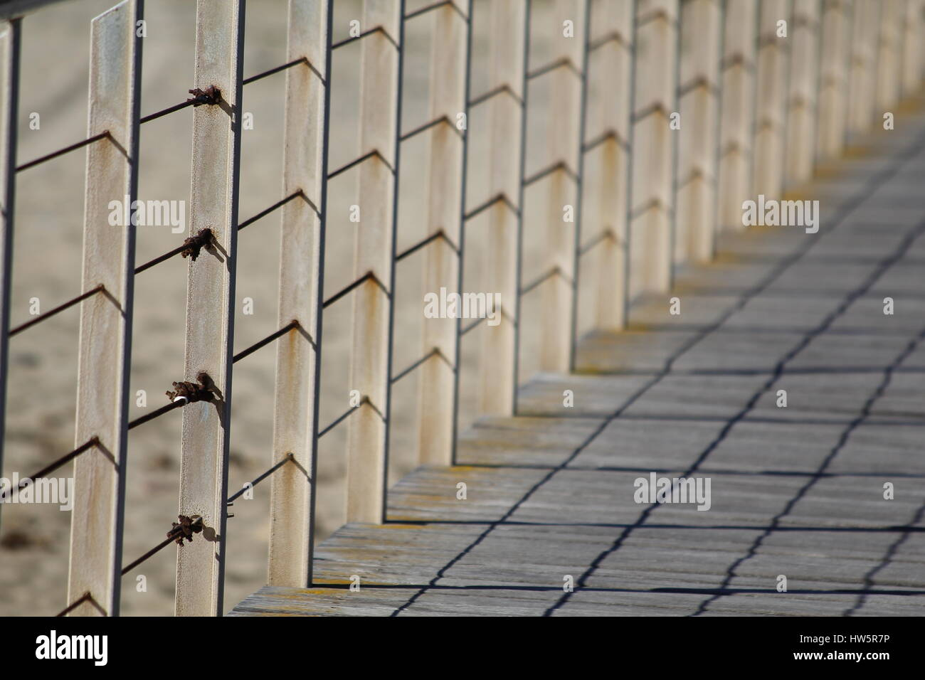 Vanishing point in a railing, outdoors - Stock Image