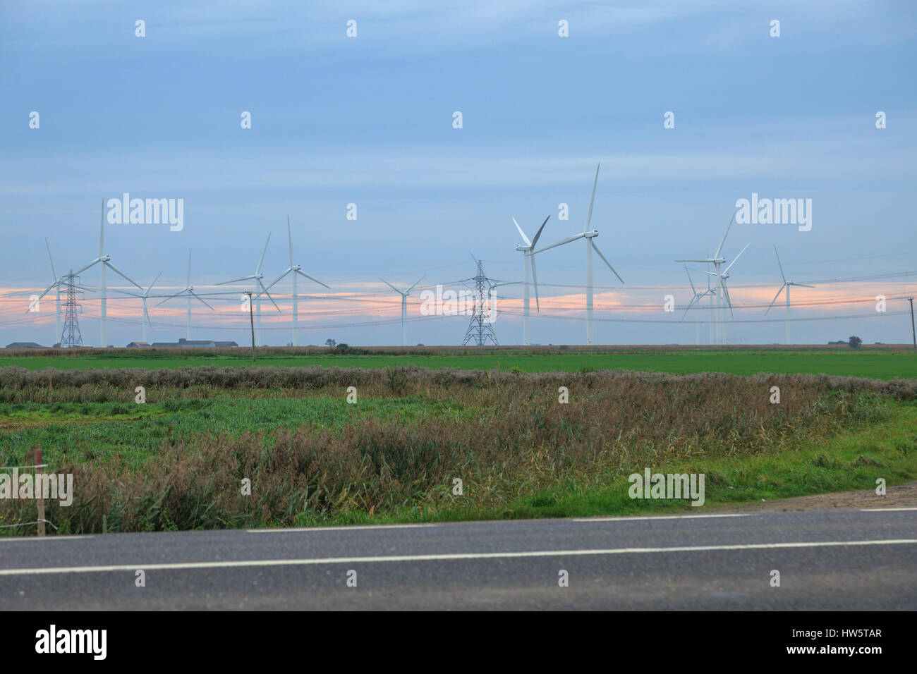 The Little Cheyne Court Wind Turbine Farm is located 7 kilometres west of Lydd on Romney Marsh. It was built by - Stock Image