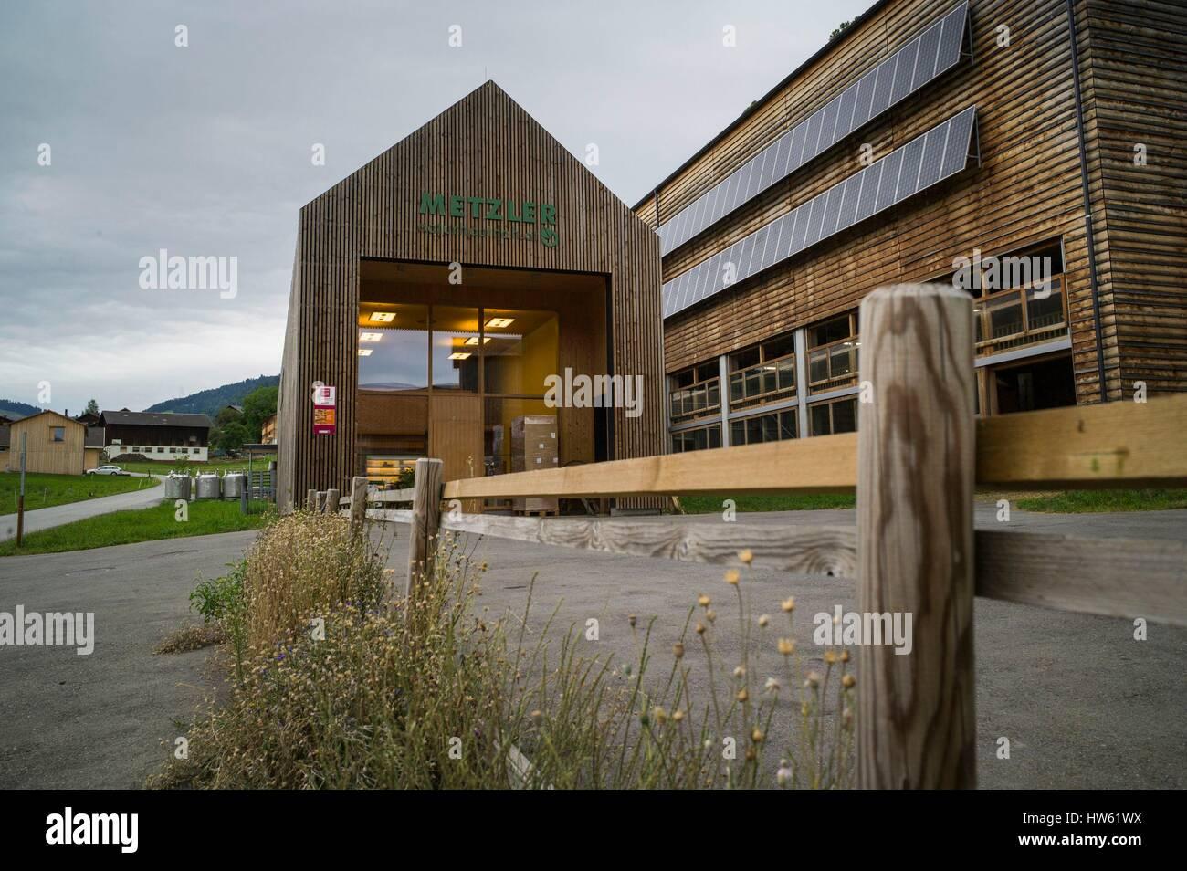 Austria, Vorarlberg, Bregenzerwald, Egg, Cheese dairy and cosmetics Metzlerof Fab-02 Klas & Lässer Architekt - Stock Image