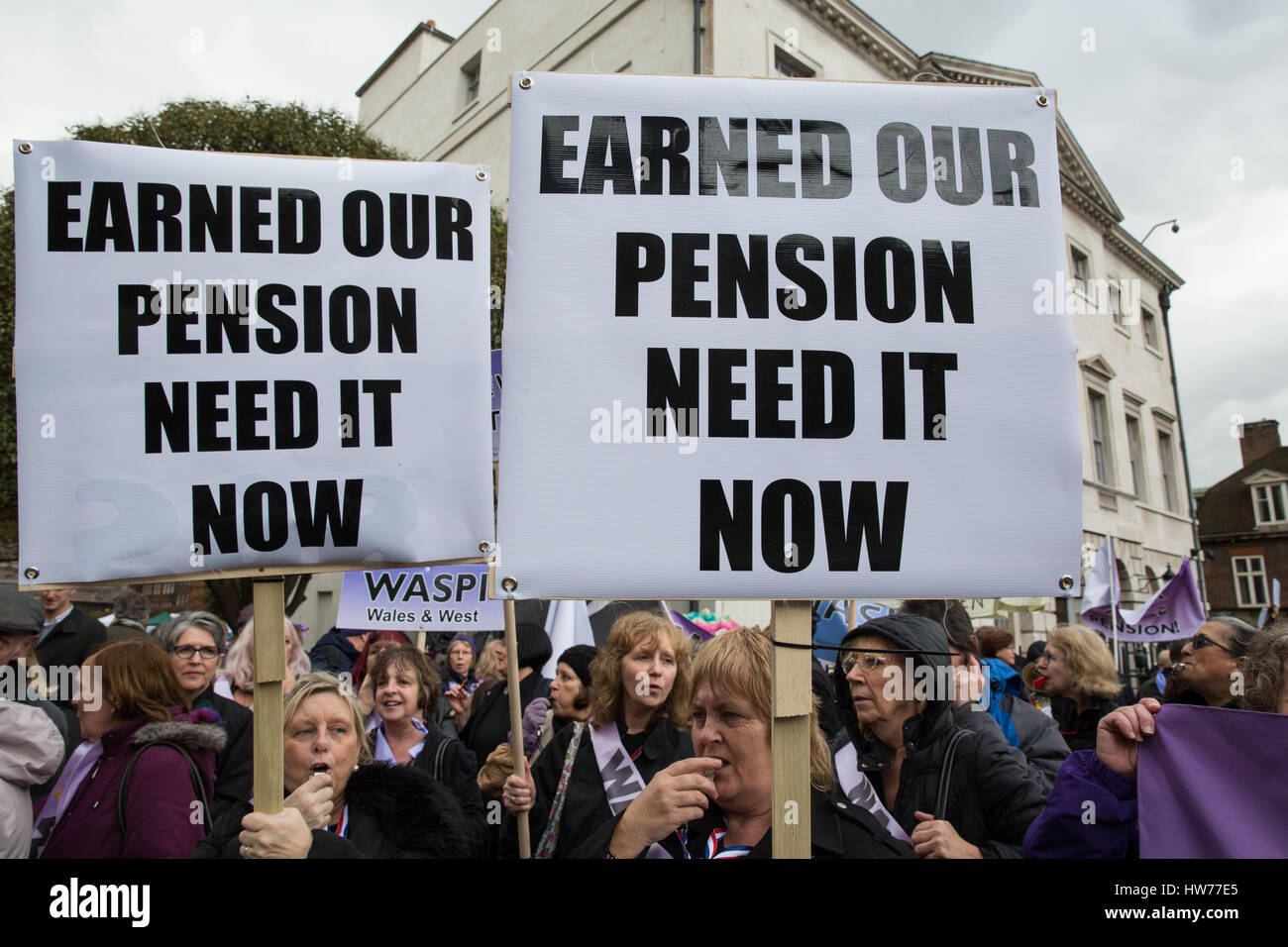 London, UK. 8th March, 2017. Campaigners from Women Against State Pension Inequality (WASPI) protest outside Parliament - Stock Image
