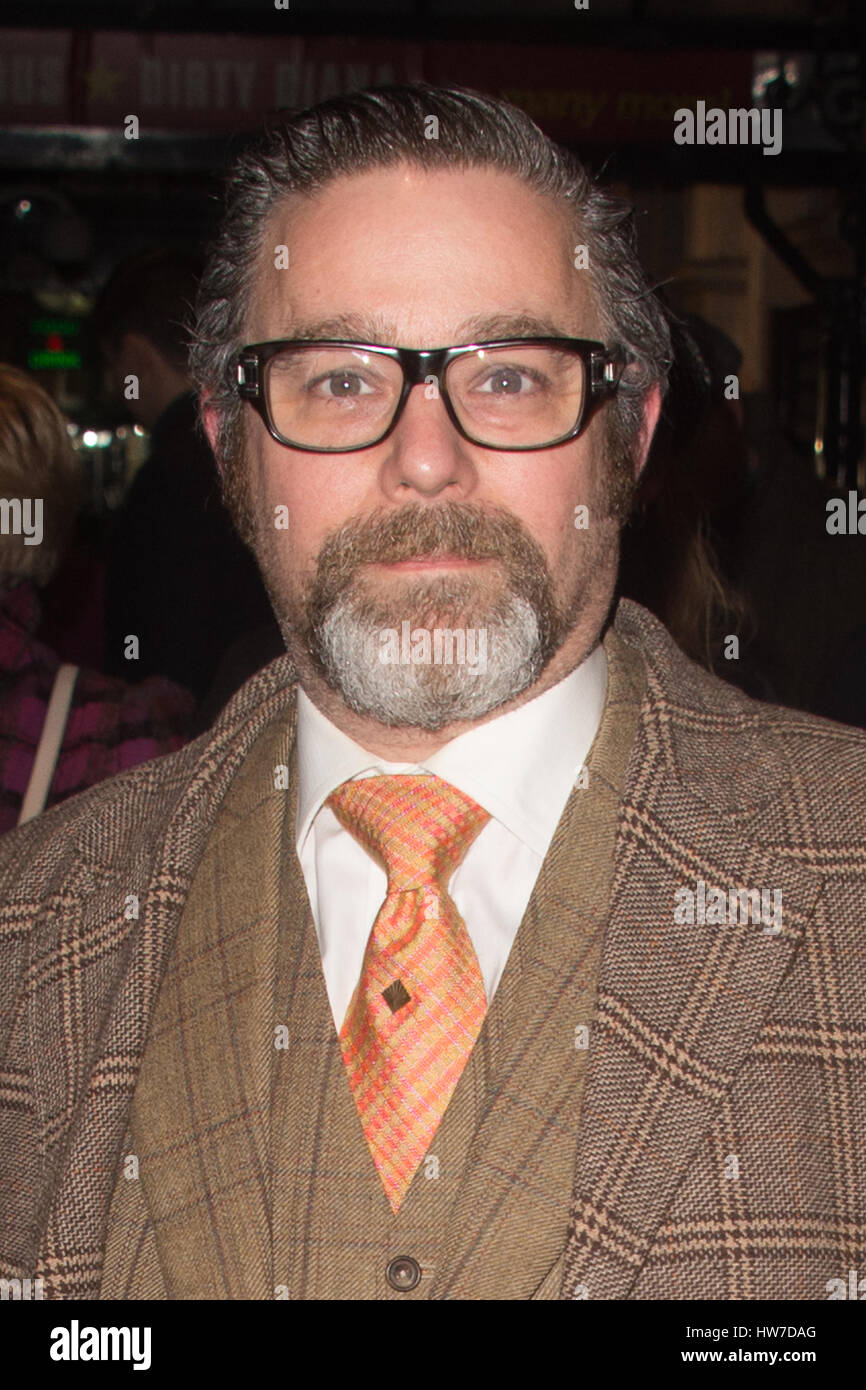 Celebs arriving at the Apollo Theatre for the press night of Tom Stoppard's play Travesties  Featuring: Andy Nyman - Stock Image
