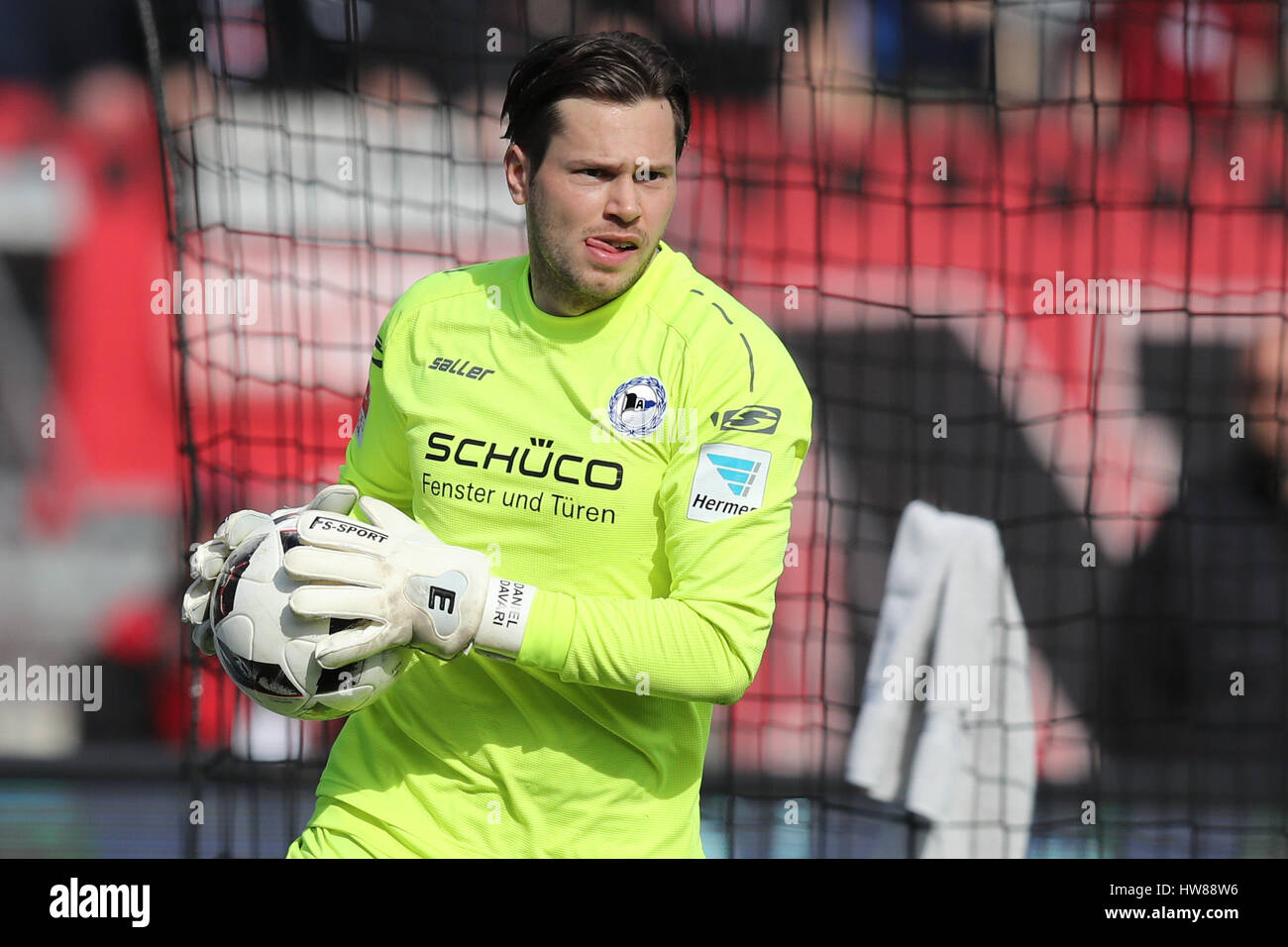 Nuremberg, Germany. 12th Mar, 2017. Bielefeld's goalkeeper Daniel Davari, photographed during the German 2nd - Stock Image